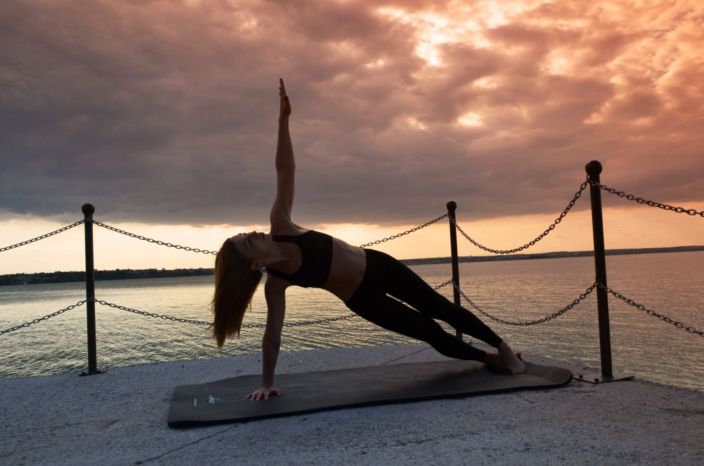 program de exercitii folosind greutatea corpului